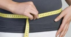 چی بخورم لاغر شم؟ ۱۵ توصیه برای صاف شدن شکم